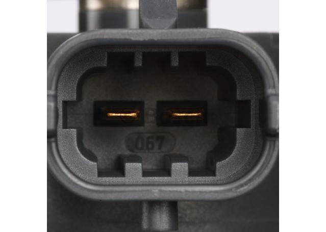 Bosch Fuel Injector 0 445 110 243 Sparesbox - Image 4