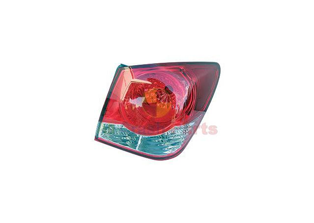 Tail Light Drivers Side Fits Holden Cruze GJG-21040RHQ 301757