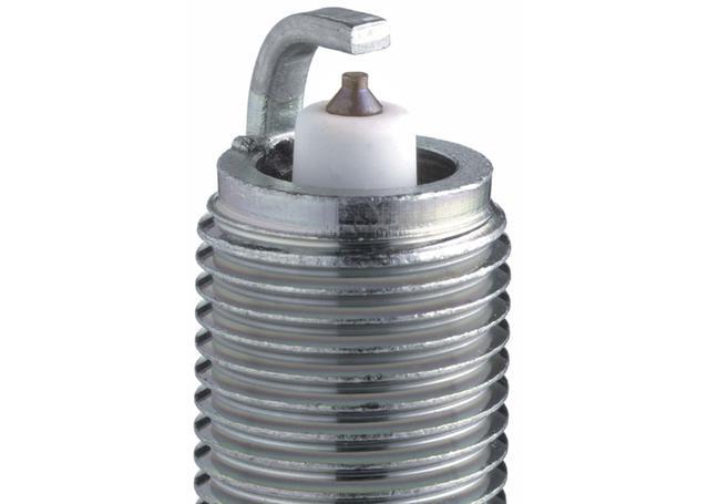 NGK Platinum Spark Plug BKR6EP-8 Sparesbox - Image 2